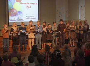 Algklassid pidasid kooli sünnipäeva